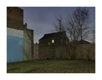 house_with_light_westside_detroit_2017_8126